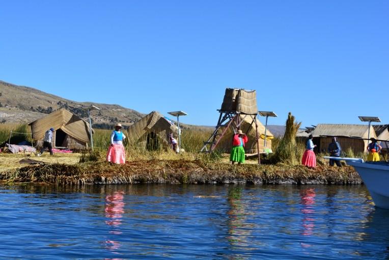 As ilhas flutuantes de Uros, lado peruano do Titicaca
