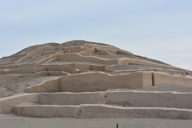 Pirâmide no deserto de Nazca
