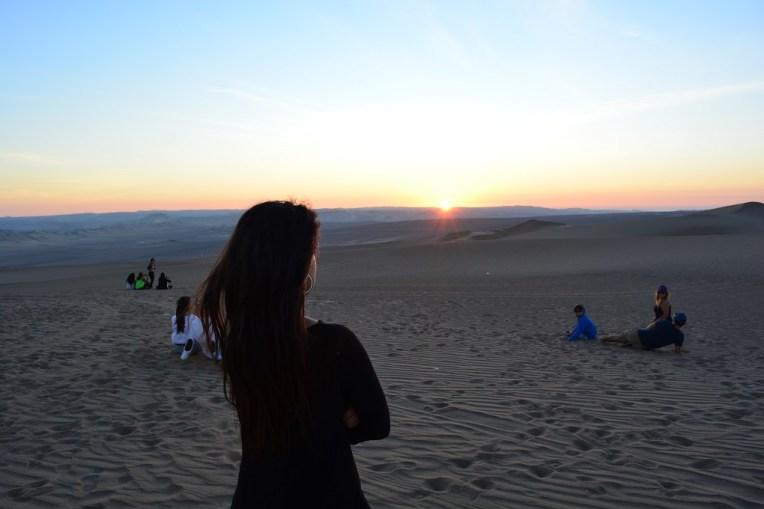Pôr-do-sol nas dunas de Huacachina
