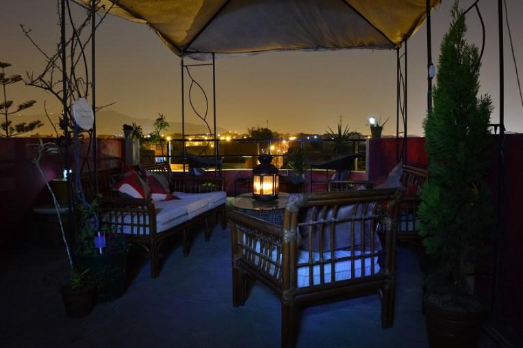Anoitecer em Lima, visto do terraço do nosso hotel