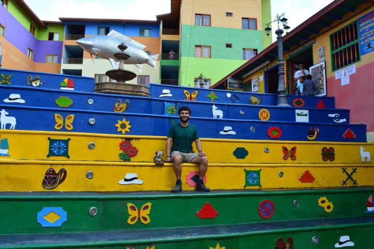 Escadaria colorida de Guatapé