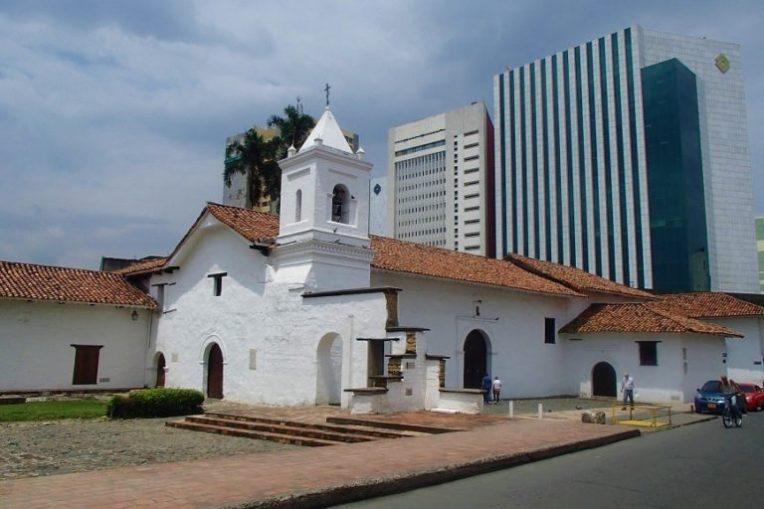 Capela no complexo religioso de La Merced, em Cali