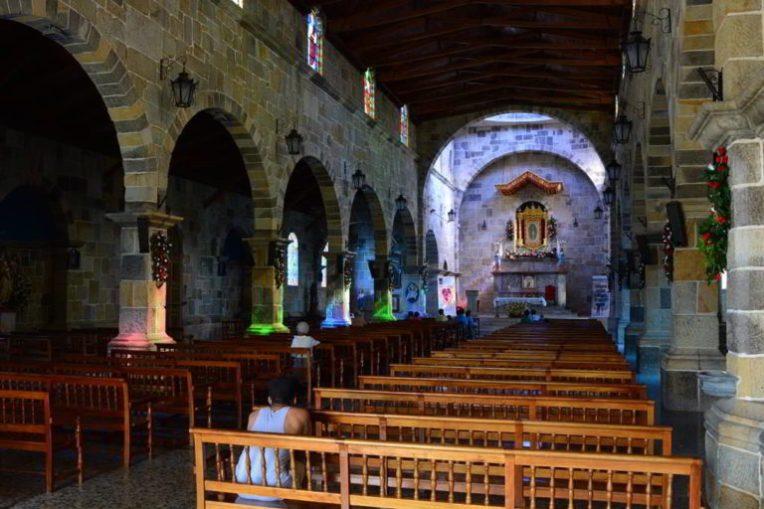 Interior da igreja de Guadalupe
