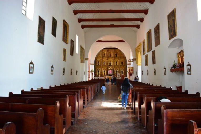 Interior da igreja principal de Villa de Leyva