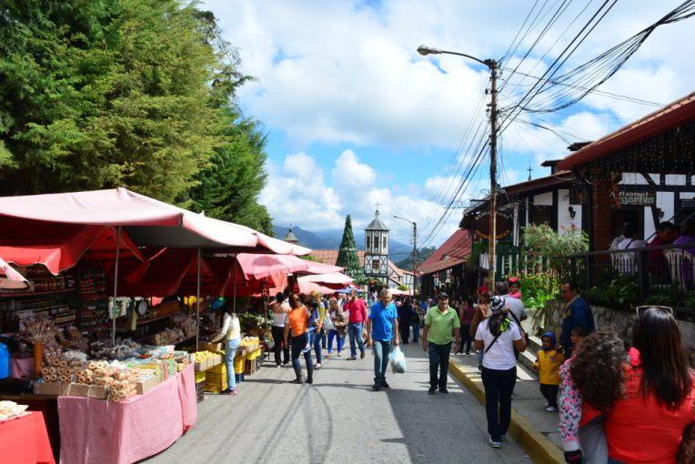 Feira de rua da Colônia Tovar