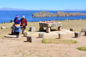 Mesa cerimonial na Isla del Sol, Titicaca