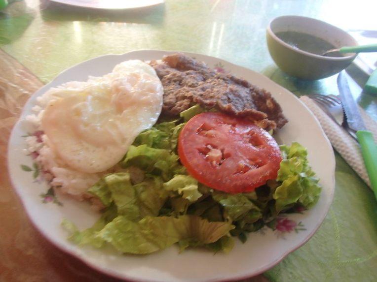 Almoço simples em Potosí