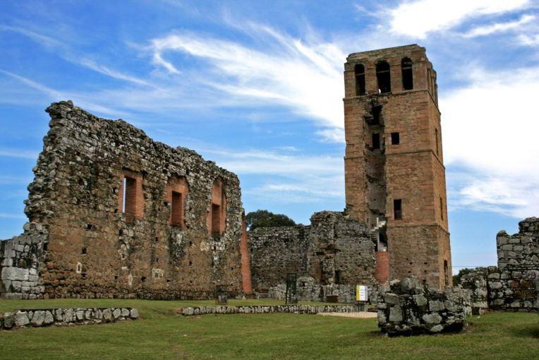 Ruínas da igreja do Panamá Viejo