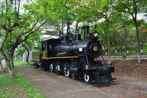 Antiga locomotiva Maria Fumaça