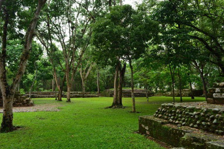 As sepulturas de Copán