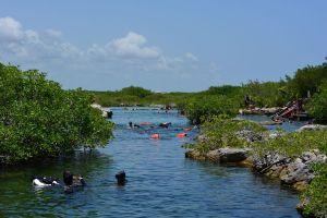Cenote de Yal Ku