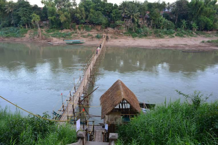 Ponte de Bambu em Luang Prabang