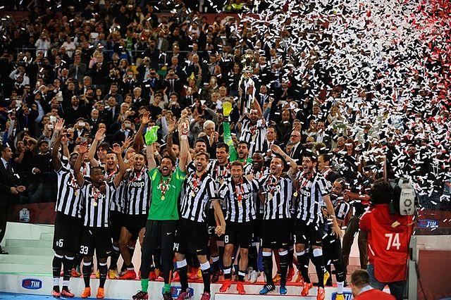 Top 10 clubes com mais títulos internacionais - Juventus