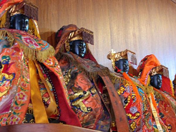 Top 10 maiores religiões do mundo - Religião Popular Chinesa