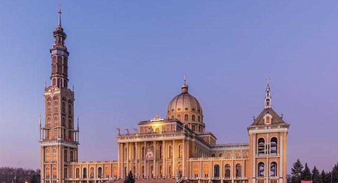 Top 10 maiores templos cristãos do mundo