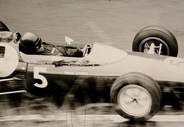 Top 10 campeões mais jovens da Fórmula 1 - Jim Clark