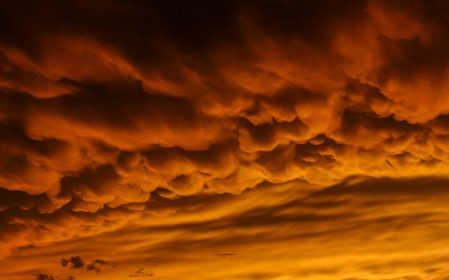 Tempestades gigantes em Marte