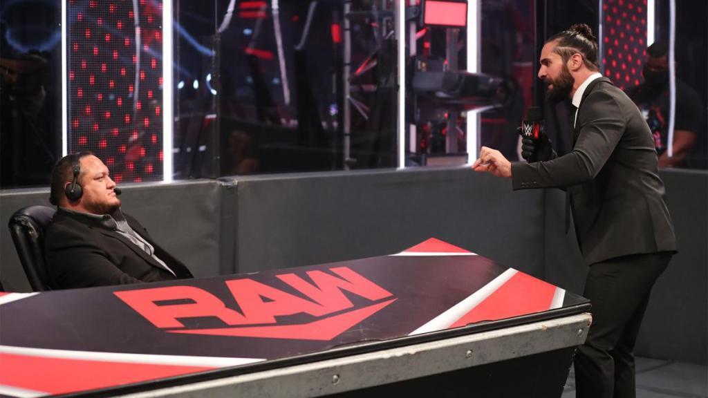 Samoa Joe con Rollins en Raw