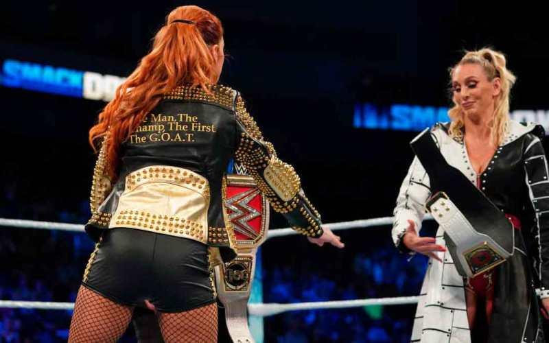 Becky Lynch y Charlotte Flair, tensión real