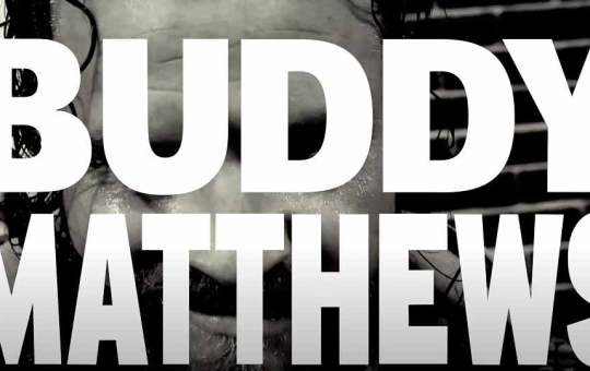 Buddy Matthews firma con NJPW
