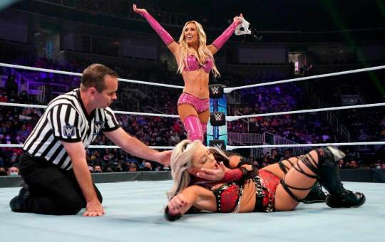 Carmella SmackDown
