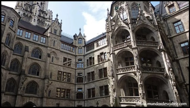 Patio Ayuntamiento nuevo Munich