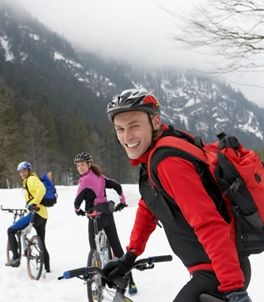 cycling-in-snow-winter.JPG
