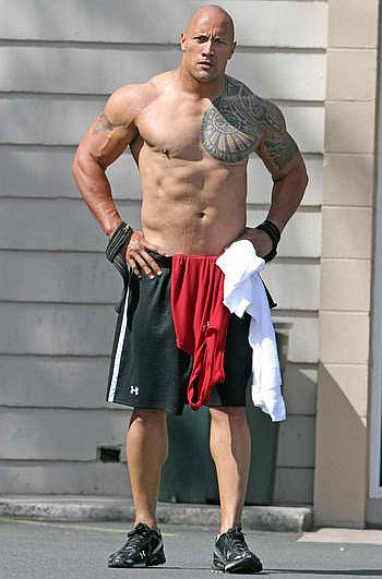 Dwayne-Johnson-The-Rock-Working-Out-Gymjpg.jpg
