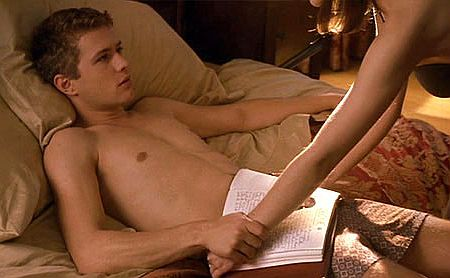 Young-Shirtless-Ryan-Phillippe-Cruel-Intention-Blowjob.jpg