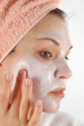 Winter skincare: Honey and Aspirin Face Mask