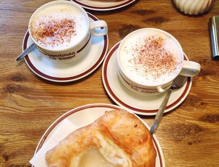 Schmalznudel Cafe Frischhut munich germany