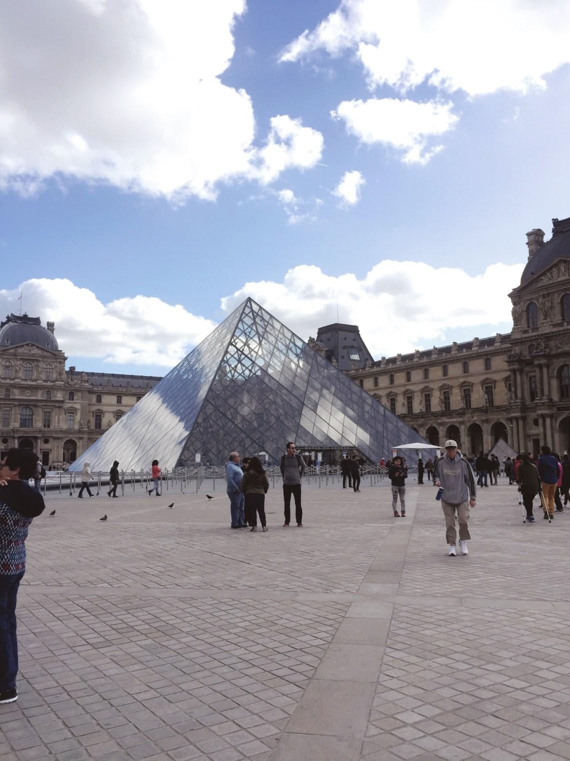 3 days in Paris Louvre Museum