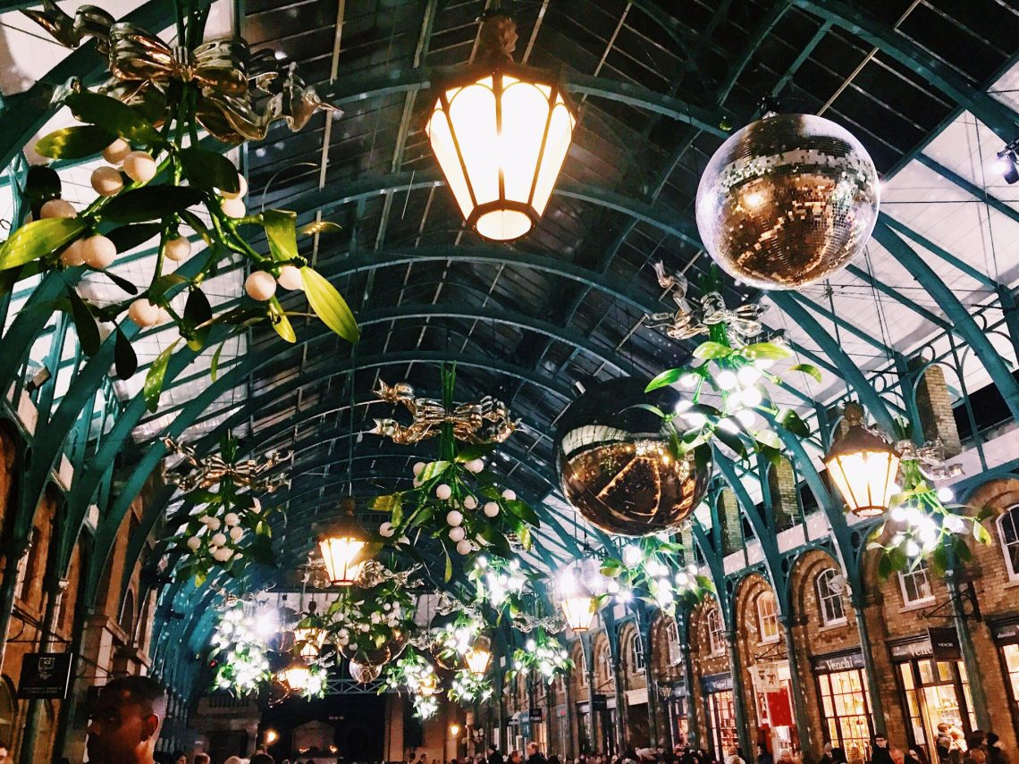 covent garden london christmas decorations