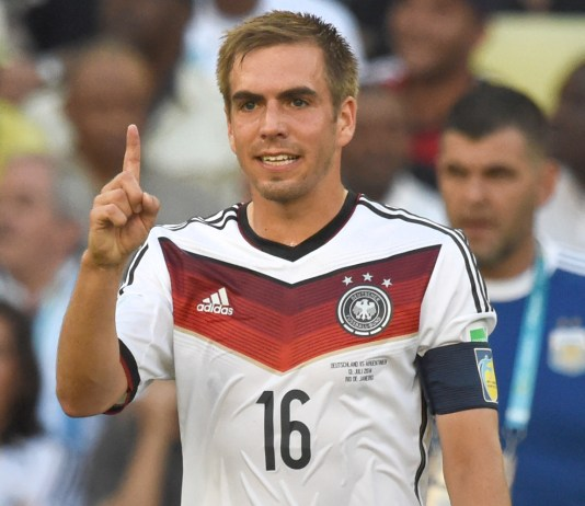 Philipp Lahm of Germany gestures during the FIFA World Cup 2014 final soccer match between Germany and Argentina at the Estadio do Maracana in Rio de Janeiro, Brazil, 13 July 2014. Photo: Marcus Brandt/dpa (RESTRICTIONS APPLY: Editorial Use Only, not used in association with any commercial entity - Images must not be used in any form of alert service or push service of any kind including via mobile alert services, downloads to mobile devices or MMS messaging - Images must appear as still images and must not emulate match action video footage - No alteration is made to, and no text or image is superimposed over, any published image which: (a) intentionally obscures or removes a sponsor identification image; or (b) adds or overlays the commercial identification of any third party which is not officially associated with the FIFA World Cup) EDITORIAL USE ONLY