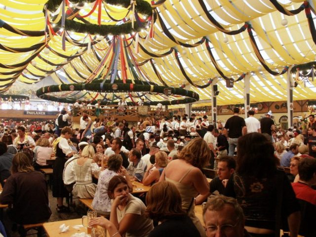 The beer tents fill up fast! -- munichFOTO