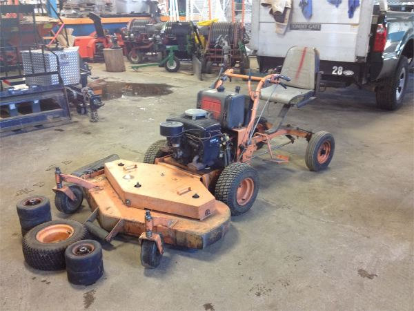 Sulky for Scag Walk Behind Mower
