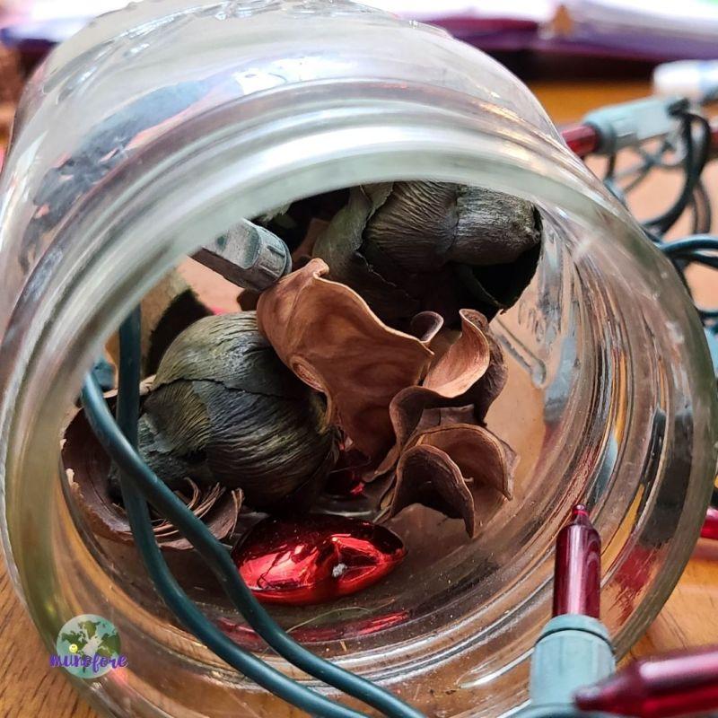 potpourri in a mason jar