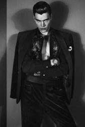versace-2012-fall-winter-campaign-2-5