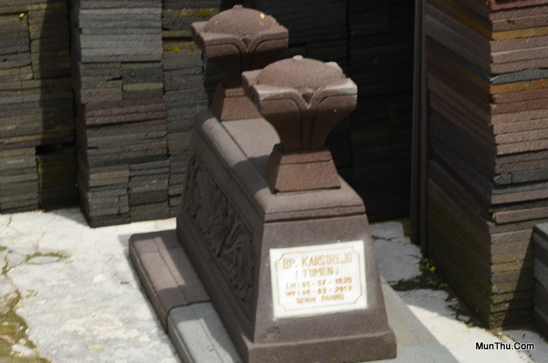 Jual Pusara Makam Nisan  Kijing dari Batu Candi Alam