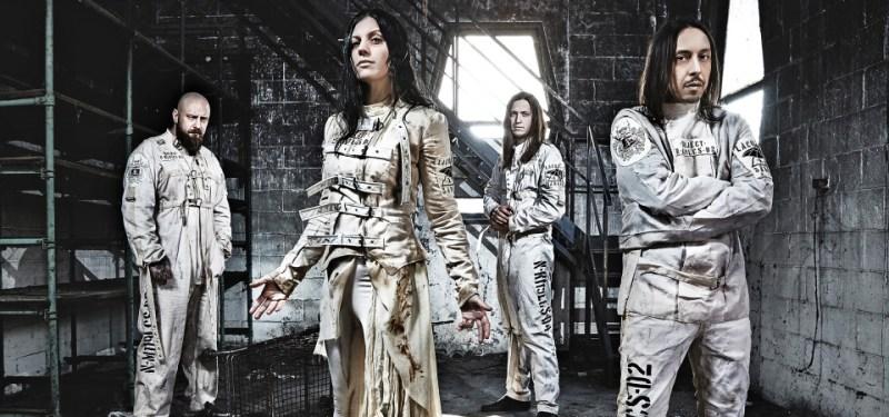 Foto promocional da banda Lacuna Coil para o lançamento do disco Delirium