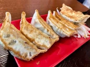 浜太郎半田山店の赤餃子