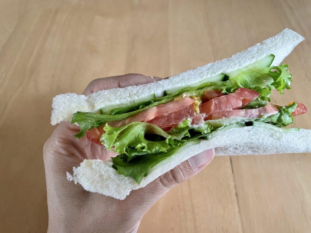 わんわんサンドの野菜サンド