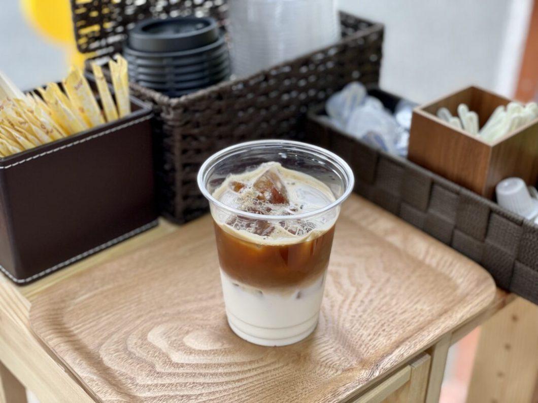 わんわんサンドのアイスカフェラテ