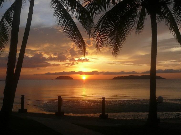 sunset-670099_1280