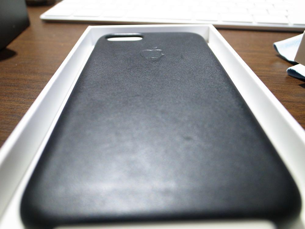 Phone純正カバーの新旧を比較してみた。