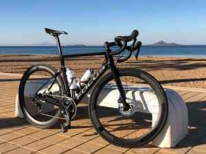 Guided ride and test spin on the new Focus Izalco Max 8.8