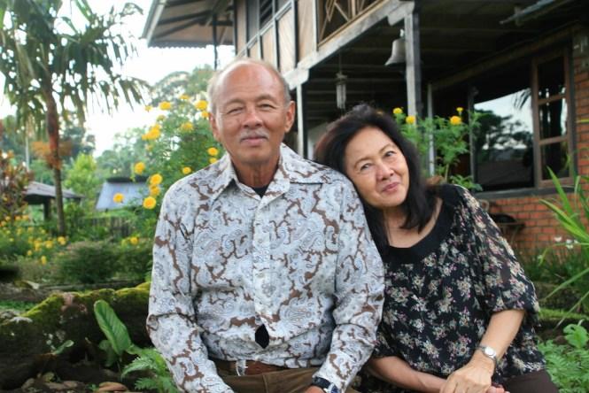 Dr. Hanny Batuna & his wife Ineke
