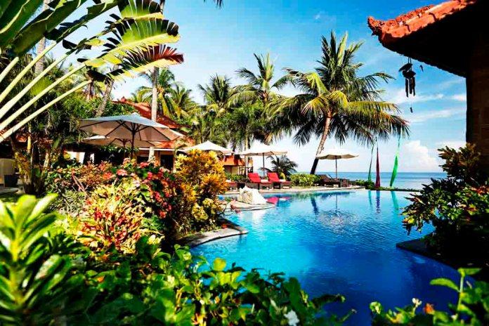 Combine Teluk Karang Resort Bali With Murex Dive Resort Bangka Islandmurex Dive Resorts