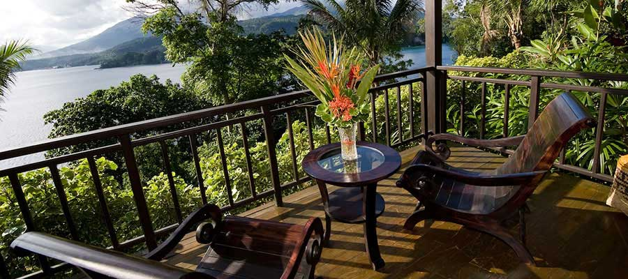 Lembeh-Resort-cottage-verandah