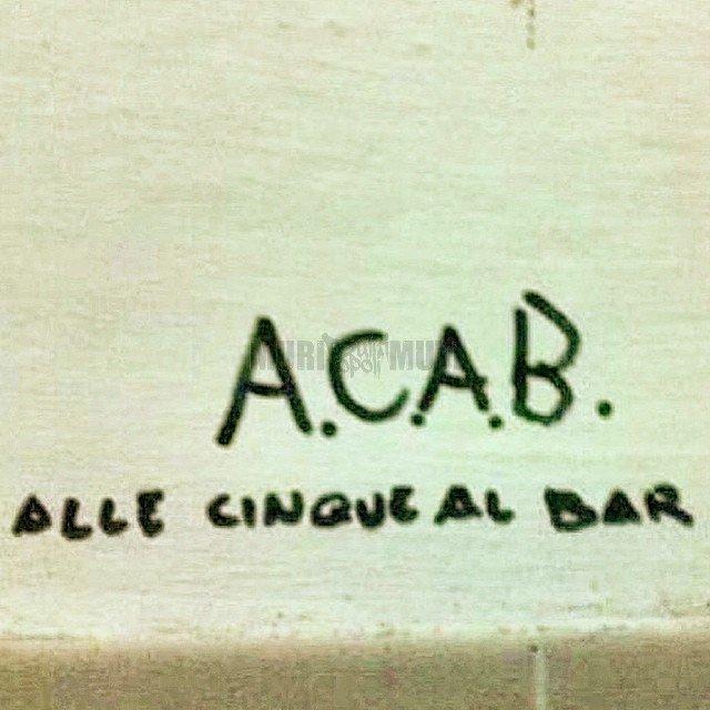 Scritte sui muri divertenti
